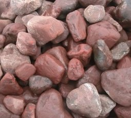 Камень для бани Атлант Камень Кварцит малиновый галтованный в коробке 20 кг