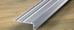 Вспомогательный алюминиевый профиль Quick-Step для отделки лестниц к ламинату 8 мм